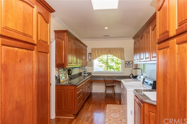 3335 Red Mountain Heights Drive, Fallbrook CA: http://media.crmls.org/medias/b19e5a2b-c8e0-479b-b05b-7e4b7469c654.jpg