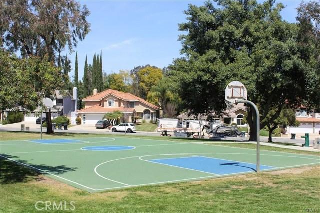 2536 Olympic View Drive, Chino Hills CA: http://media.crmls.org/medias/b1a5346c-919e-4917-91be-913fccf1bb2a.jpg