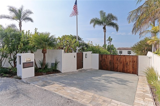 LOS ANGELES, CA 6 Bedroom Home For Sale