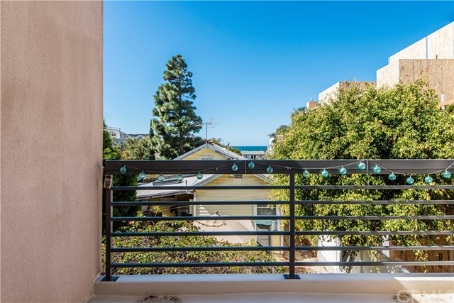 425 11th St, Hermosa Beach, CA 90254 photo 15