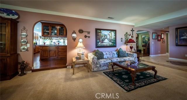 30116 Emerald Lane, Hemet CA: http://media.crmls.org/medias/b1b3f3f4-6933-4c6d-bd9d-dd5809afecb7.jpg