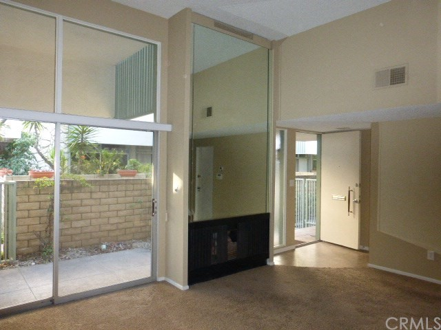 4275 W Sarah Street 43, Burbank, CA 91505