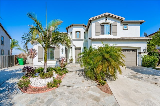 1125 W Chase Circle, Corona, California