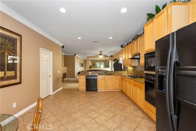 11854 Cedarbrook Place, Rancho Cucamonga CA: http://media.crmls.org/medias/b1c3d0c8-6912-4175-89a2-e4d3f5f89115.jpg