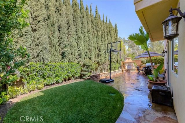 9 Dandelion, Irvine CA: http://media.crmls.org/medias/b1ccb309-a5f3-467b-b4cf-d68c92579114.jpg