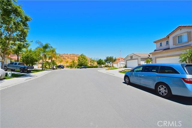 17852 Spring Hill Way, Riverside CA: http://media.crmls.org/medias/b1ce54fd-739f-405f-a72b-b5581bea4450.jpg