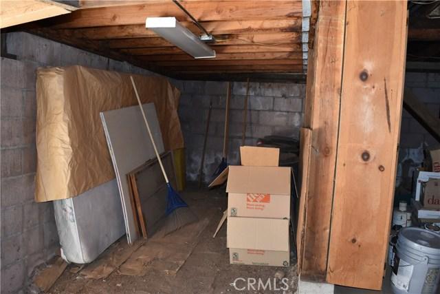416 Vista Lane, Big Bear CA: http://media.crmls.org/medias/b1d689c6-f614-4752-aed0-41709fe0788c.jpg