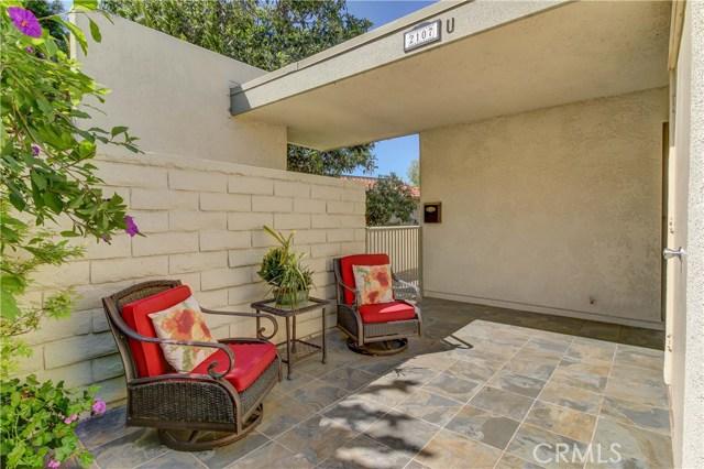 2107 Ronda Granada, Laguna Woods CA: http://media.crmls.org/medias/b1da940b-b573-463a-80d8-7aeaa69bad0a.jpg