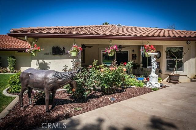 30116 Emerald Lane, Hemet CA: http://media.crmls.org/medias/b1db5bcb-bbcd-4eca-94fd-3e9a35de0876.jpg