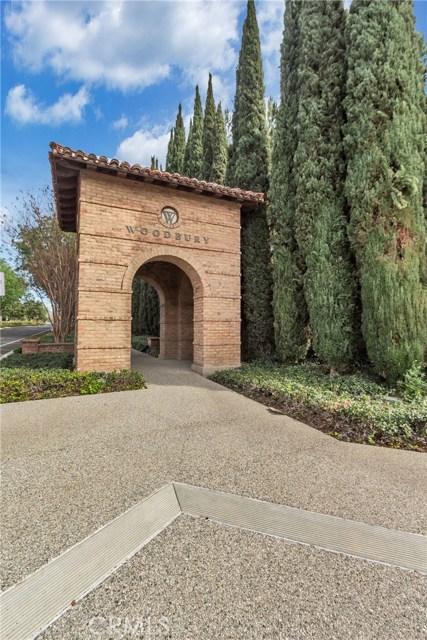95 Chantilly, Irvine CA: http://media.crmls.org/medias/b1e94445-ca18-4265-a16e-d54e1efc1fe1.jpg