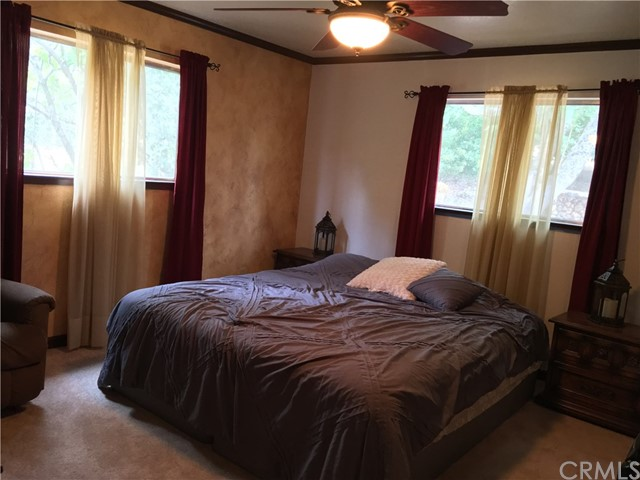 16496 Hacienda Court, Hidden Valley Lake CA: http://media.crmls.org/medias/b1ea1bc3-2ff2-4ab3-a133-75613e09702e.jpg