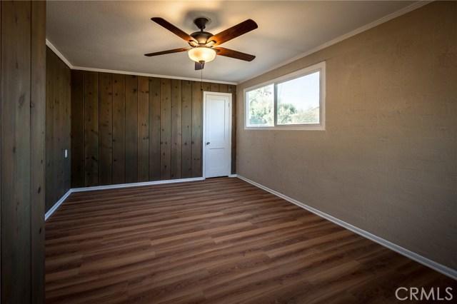 12217 17th Street, Yucaipa CA: http://media.crmls.org/medias/b1ea42b7-2e08-4769-aa58-61a8d6f5e5ba.jpg