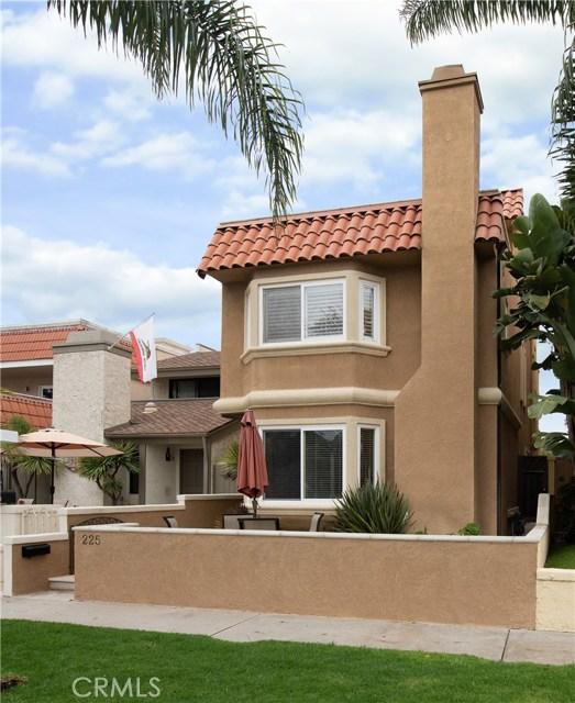 225 17th Street, Huntington Beach CA: http://media.crmls.org/medias/b1ece8a3-b422-483a-9b92-9d4bc1fe32df.jpg