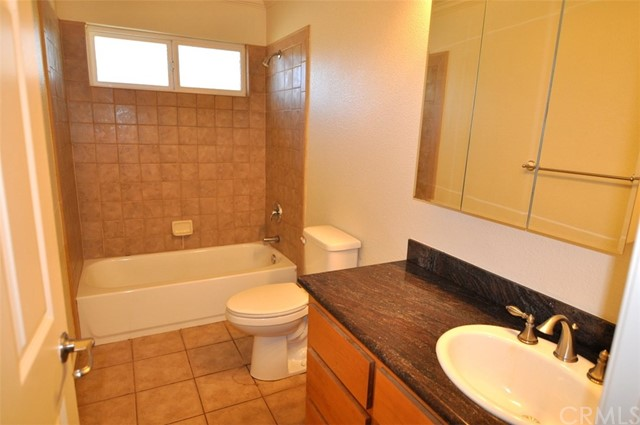 2776 Spring Valley Road, Clearlake Oaks CA: http://media.crmls.org/medias/b21a1c96-9e79-4b3d-baa9-f2e8571e15b6.jpg