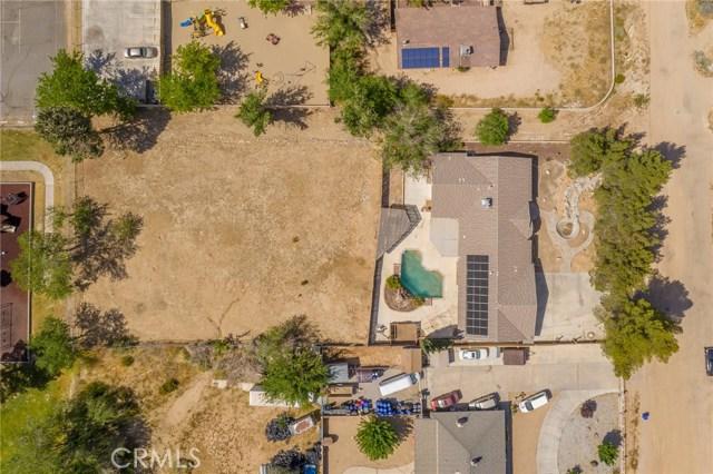 15962 Malahat Road, Apple Valley CA: http://media.crmls.org/medias/b21a2a46-723f-4c82-9858-908d630ccf42.jpg