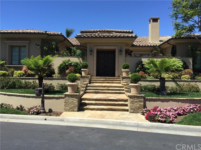 Single Family Home for Sale at 7 Troon St Newport Beach, California 92660 United States