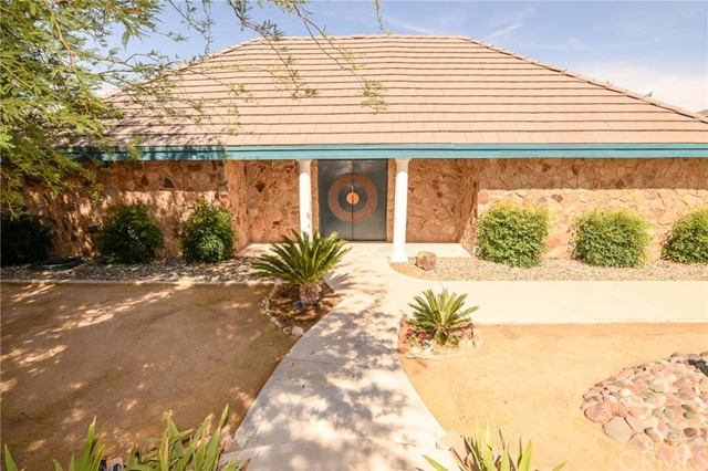 13784 Choco Road, Apple Valley, CA, 92307