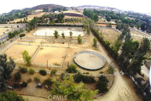Photo of 38851 Avenida La Cresta, Murrieta, CA 92562