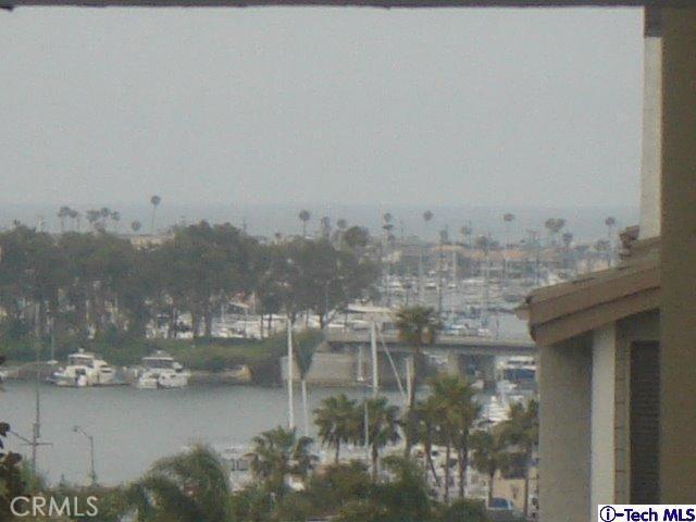 200 McNeil Lane, Newport Beach CA: http://media.crmls.org/medias/b2546973-fb24-40ac-a742-4dae31711178.jpg