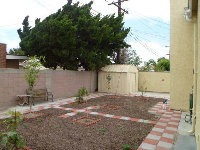 14033 Lefloss Avenue, Norwalk CA: http://media.crmls.org/medias/b25a894e-0330-488a-8d21-42d178d2f8c9.jpg