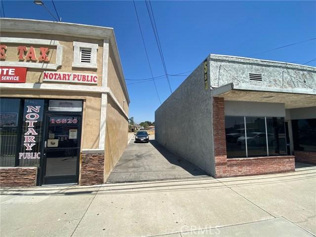 16826 Foothill Boulevard, Fontana CA: http://media.crmls.org/medias/b25ff623-f455-459f-9ed4-a1ef4f0831f5.jpg