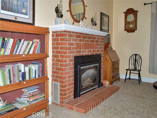 246 S Plumas Street, Willows CA: http://media.crmls.org/medias/b264c61a-cbde-457c-bfe5-20a22550759c.jpg