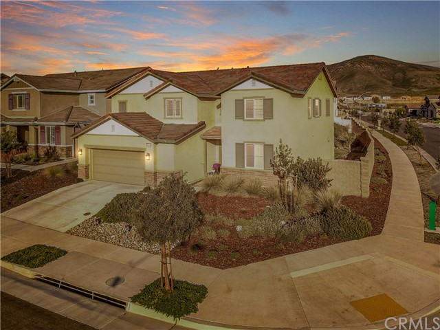 Photo of 35664 Royal Court, Winchester, CA 92596