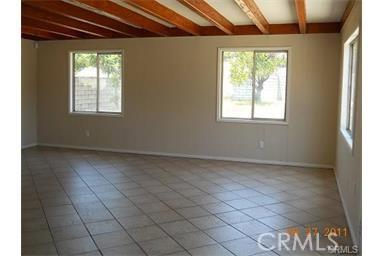 17390 Holly Drive Fontana, CA 92335 - MLS #: IV17163799
