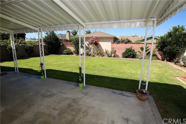 3837 Mcnab Avenue, Long Beach CA: http://media.crmls.org/medias/b2768af8-4a57-4575-9c40-0bd08e552c5e.jpg
