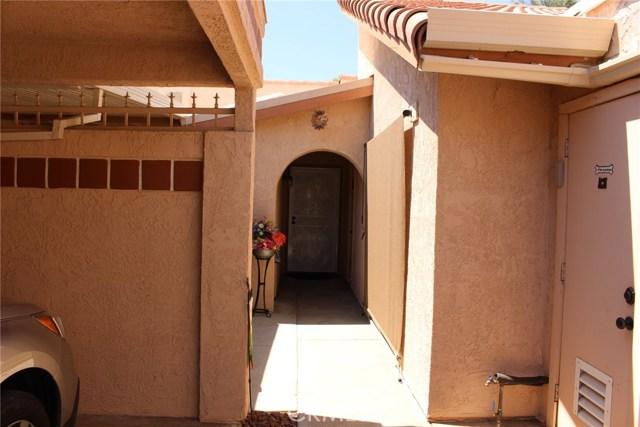 49213 Taylor Street, Indio CA: http://media.crmls.org/medias/b28036e2-5c18-4f37-b621-6f98785f3880.jpg