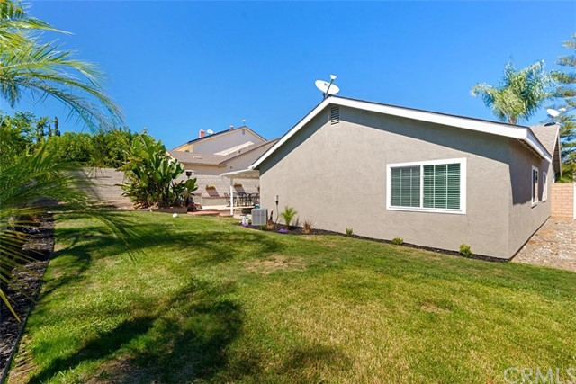 25672 Westover Circle, Lake Forest CA: http://media.crmls.org/medias/b29ebc7f-c46b-421d-ab9a-706d10486e5b.jpg