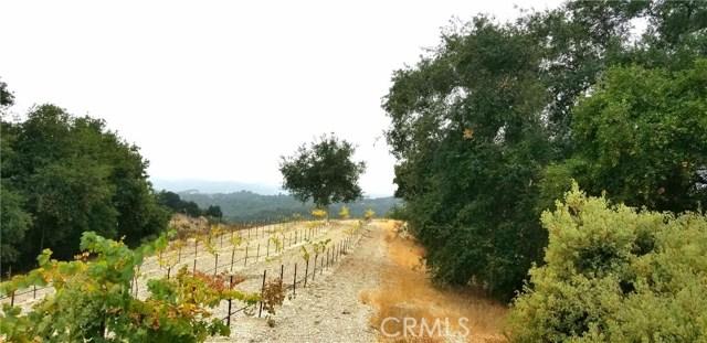 2000 Niderer Road, Paso Robles CA: http://media.crmls.org/medias/b2c2779b-8fd1-4ed5-817b-2544cebc64c6.jpg