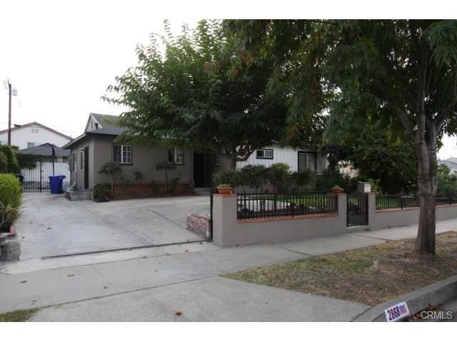 Very nice 3 bedroom 2 bathroom home with 2 car garage and 2 large covered patio's * Gated yard and entrance * Fireplace * Indoor laundry * Central heat and air conditioning.