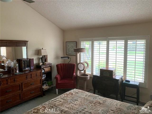 68107 Seven Oaks Drive, Cathedral City CA: http://media.crmls.org/medias/b2ec7169-bd5d-4126-b381-5d6a02b0b066.jpg