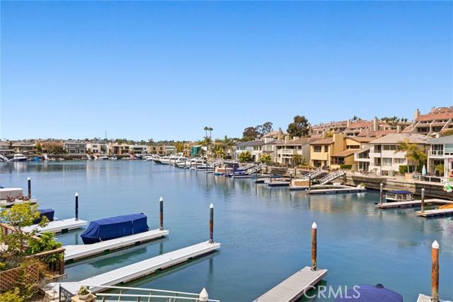 712 Harbor Island Drive, Newport Beach, California 92660, 3 Bedrooms Bedrooms, ,4 BathroomsBathrooms,Residential Purchase,For Sale,Harbor Island,NP21089663