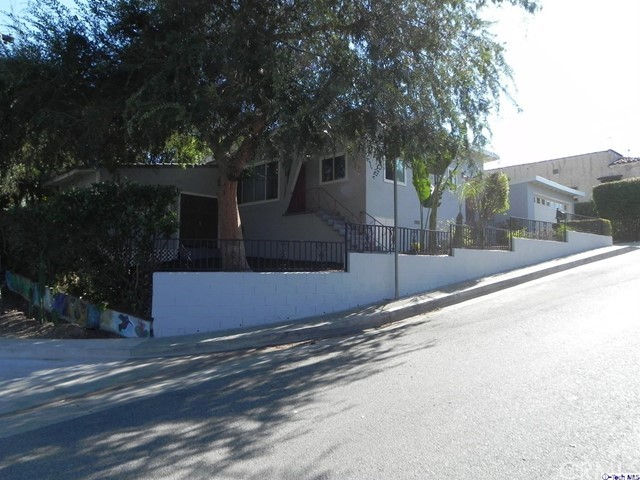 3852 Bostwick Street, Los Angeles CA: http://media.crmls.org/medias/b2ff8fef-51b3-4455-b8d6-988b468d7197.jpg
