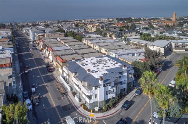 759 Manhattan Beach Boulevard  Manhattan Beach CA 90266