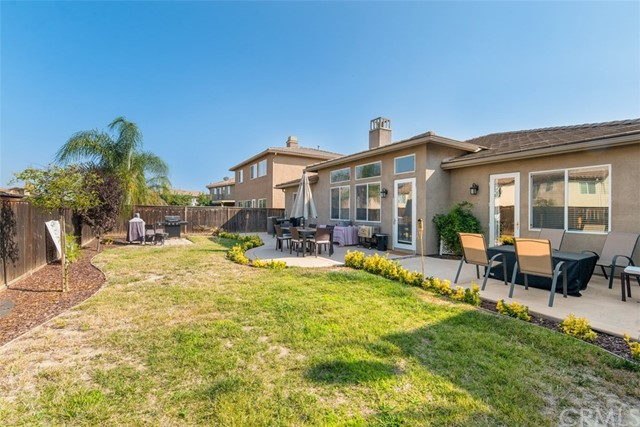 31590 Waterfall Way, Murrieta CA: http://media.crmls.org/medias/b3169adb-d2ca-4a33-937f-d93257d50e8e.jpg