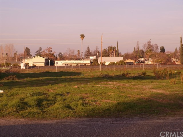 1747 Sycamore Avenue, Atwater CA: http://media.crmls.org/medias/b31b69e5-8333-43e2-8636-fc0f83e8eb9d.jpg