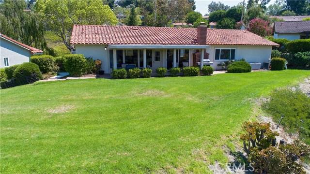 23671 Via Agustini, Mission Viejo CA: http://media.crmls.org/medias/b3241c9e-2c2a-4475-b130-dba2dc320f94.jpg