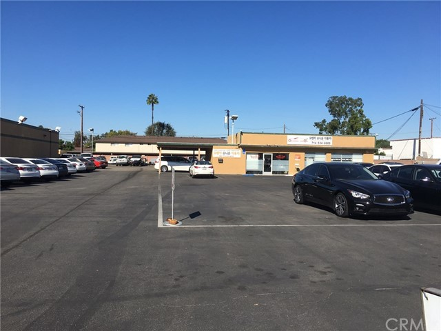 Commercial for Sale at 9943 Garden Grove Boulevard 9943 Garden Grove Boulevard Garden Grove, California 92844 United States