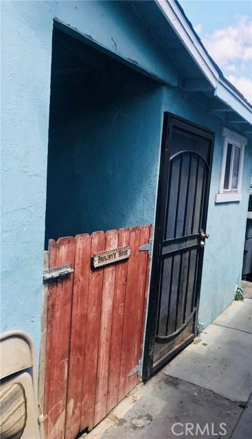 3051 Fashion Avenue, Long Beach CA: http://media.crmls.org/medias/b3322c38-cff0-4e0d-b701-6e7e2aeb697a.jpg