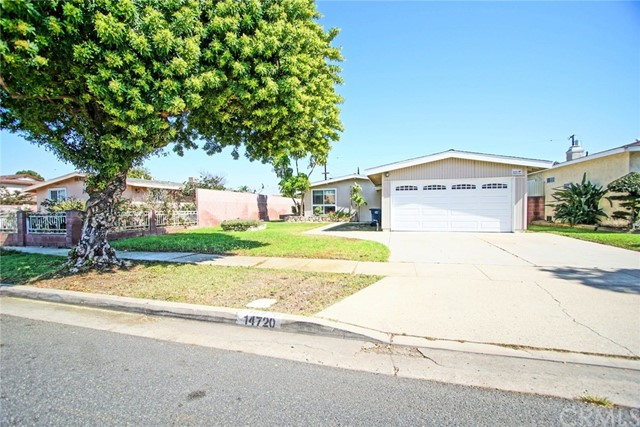 14720 Raymond Avenue, Gardena, California 90247, 3 Bedrooms Bedrooms, ,1 BathroomBathrooms,Single family residence,For Sale,Raymond,PW19241454