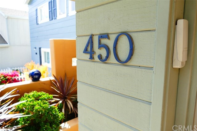 450 Radcliffe Court , CA 92651 is listed for sale as MLS Listing LG18065233