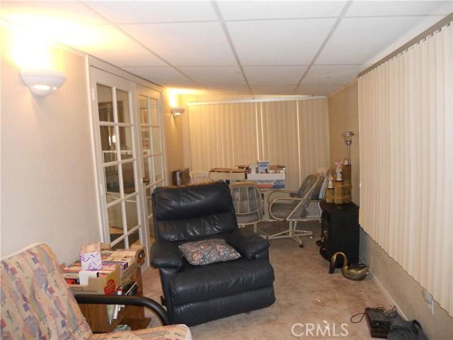 26057 Queen Palm Drive, Homeland CA: http://media.crmls.org/medias/b34f4061-5a37-4b44-92b2-35801523b5ac.jpg