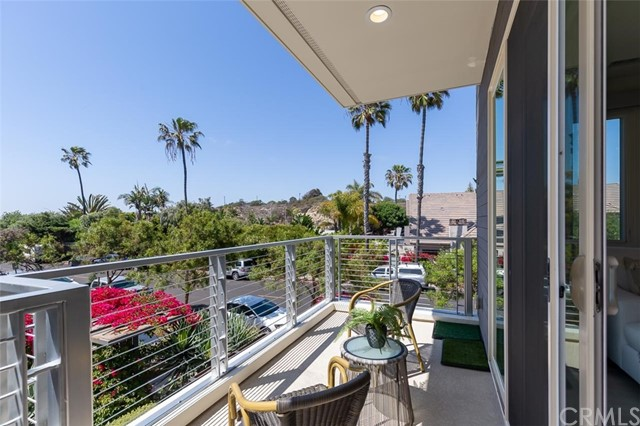 5505 River Avenue, Newport Beach, California 92663, 4 Bedrooms Bedrooms, ,3 BathroomsBathrooms,Residential Purchase,For Sale,River,NP21106582