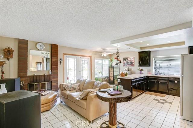 5578 Aster Street, San Bernardino CA: http://media.crmls.org/medias/b359cadb-ea8c-4245-b3bc-99963d003026.jpg