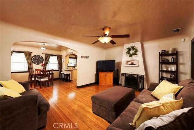 790 Carhart Avenue, Fullerton CA: http://media.crmls.org/medias/b360c700-8604-4e0f-be45-f37975de5880.jpg