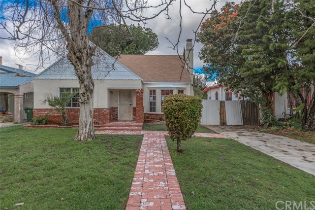Single Family Home for Sale at 617 118th Street W Los Angeles, California 90044 United States