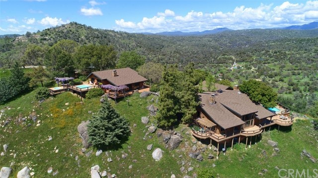 Detail Gallery Image 1 of 50 For 3276 & 3276a Indian Peak, Mariposa, CA 95338 - 4 Beds | 4 Baths